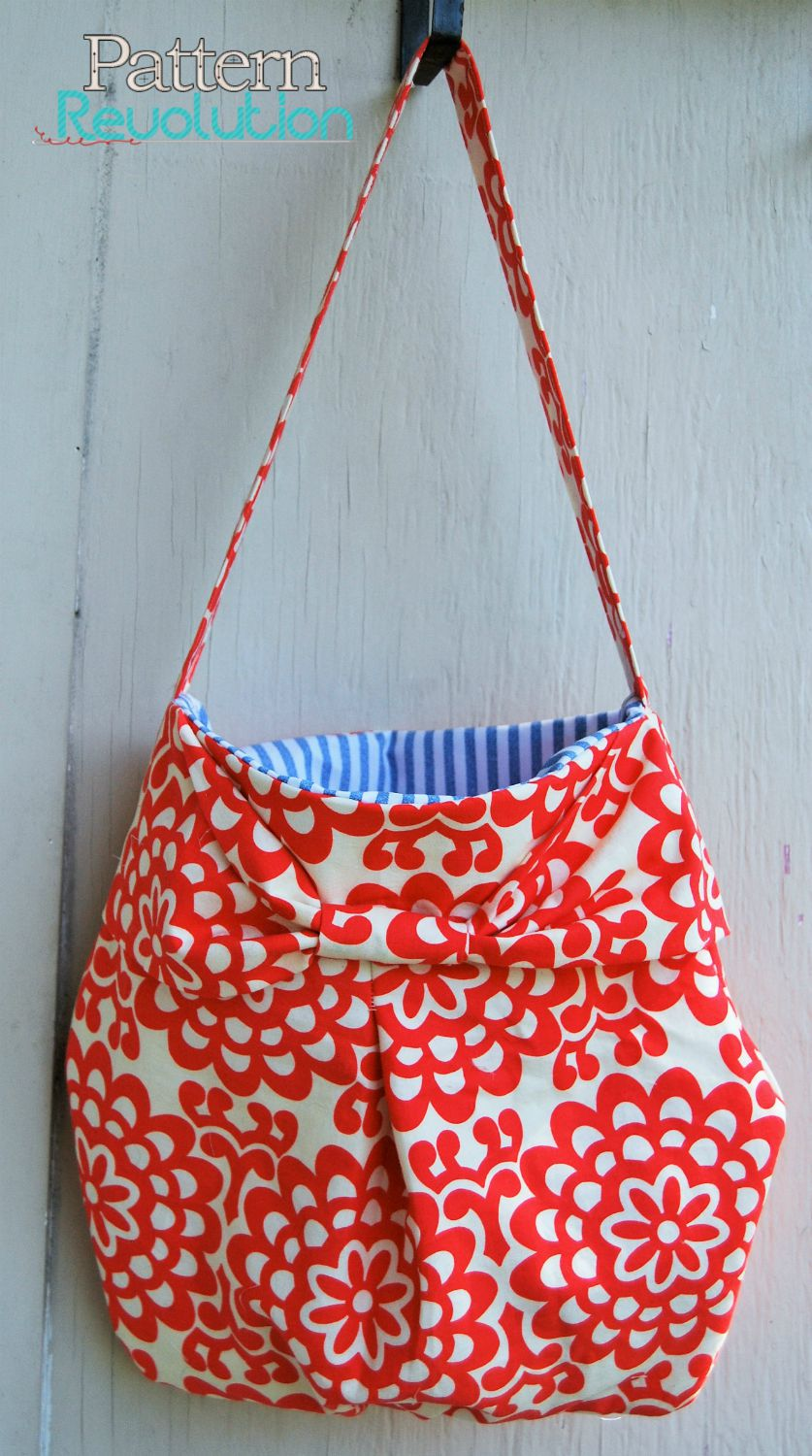 Bow Pleat Purse by Mrs H- Pattern Revolution