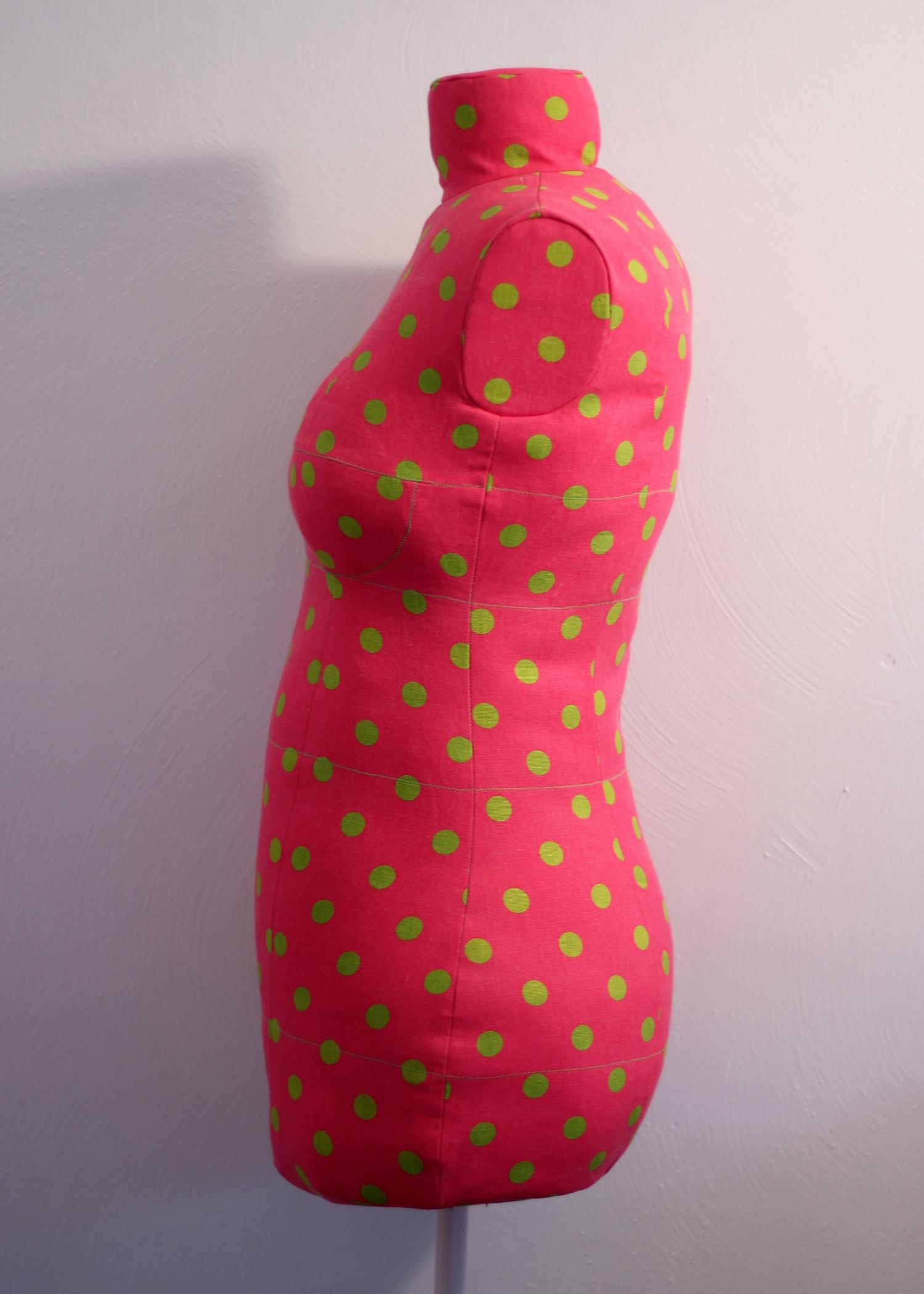dressform side view.jpg