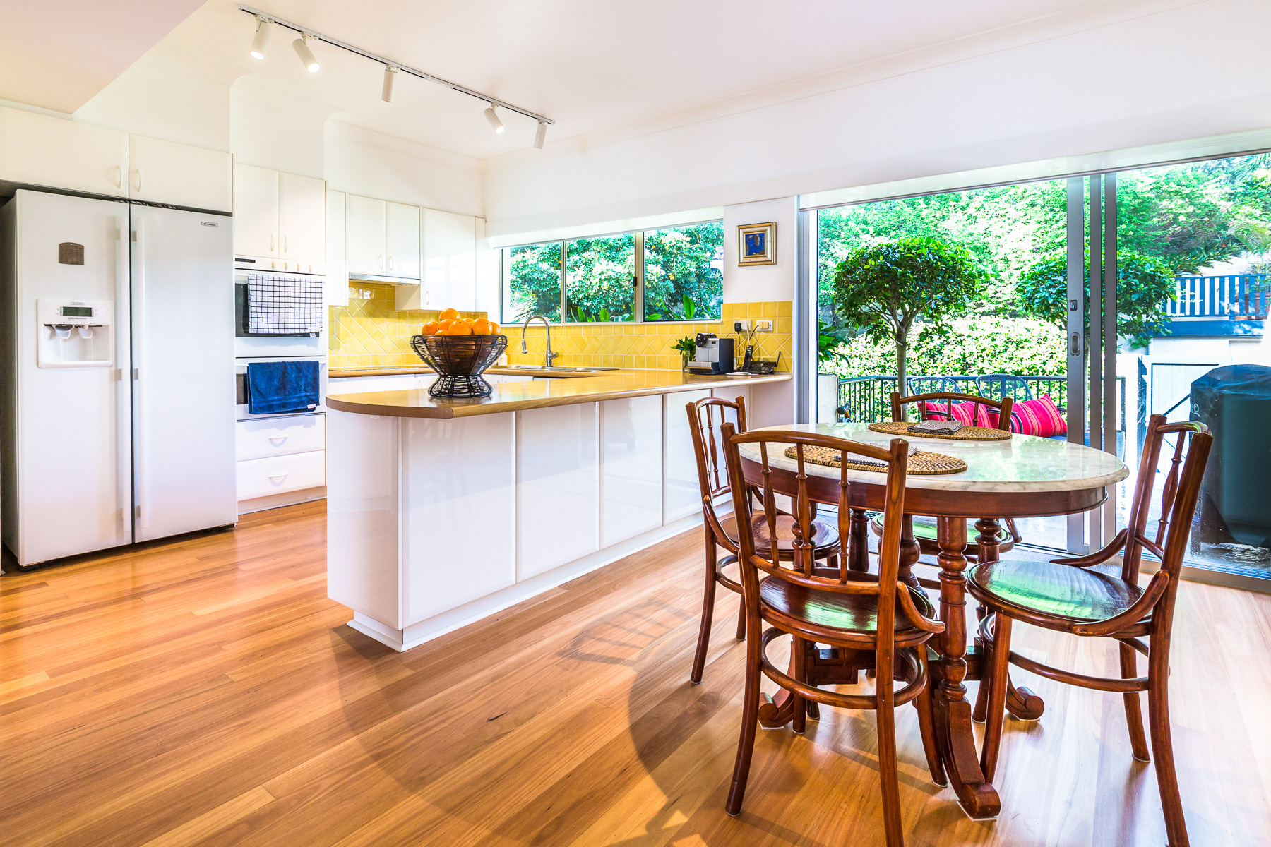 Spacious kitchen and breakfast area.