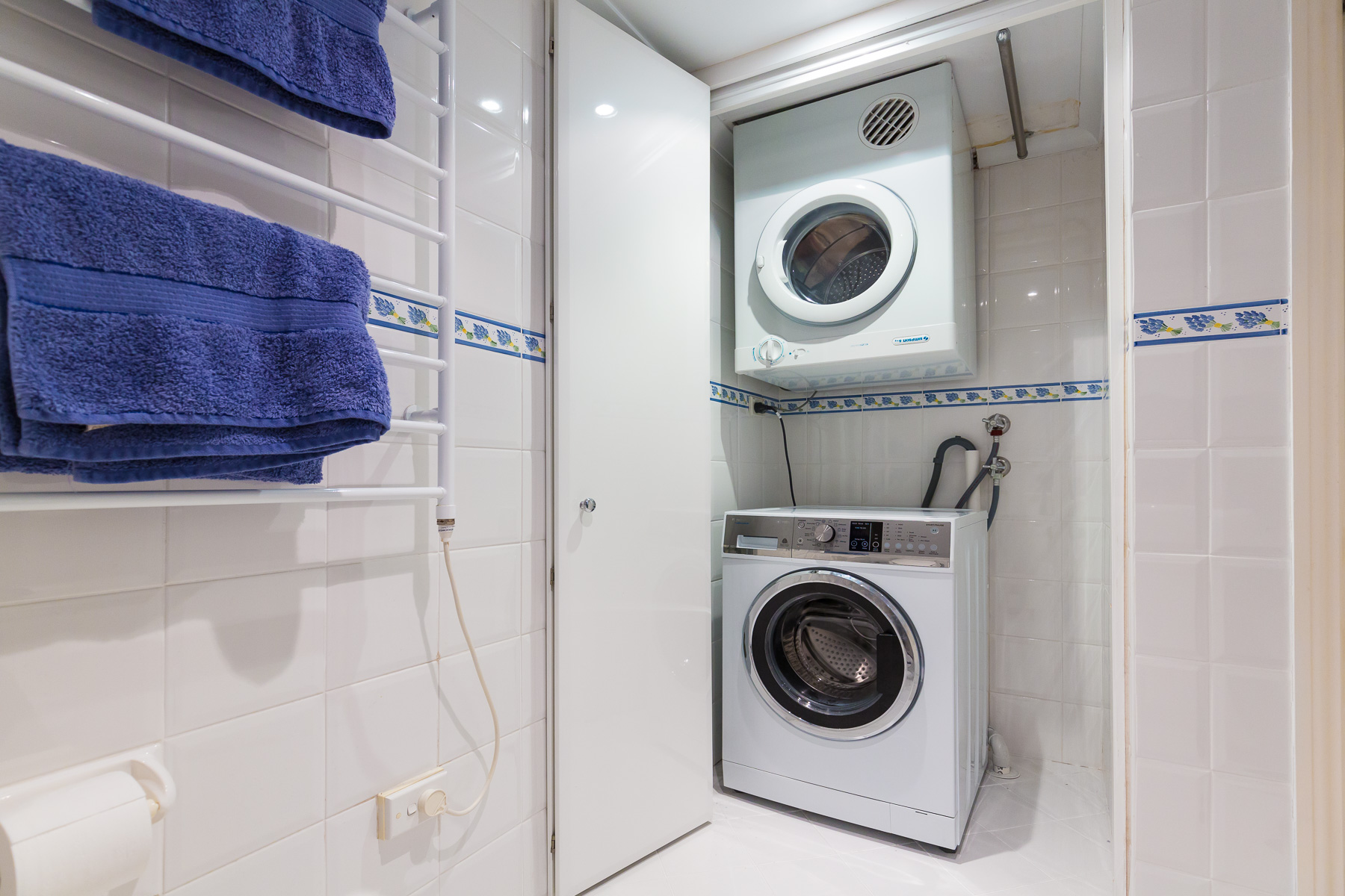 Washer and dryer in the second bathroom.