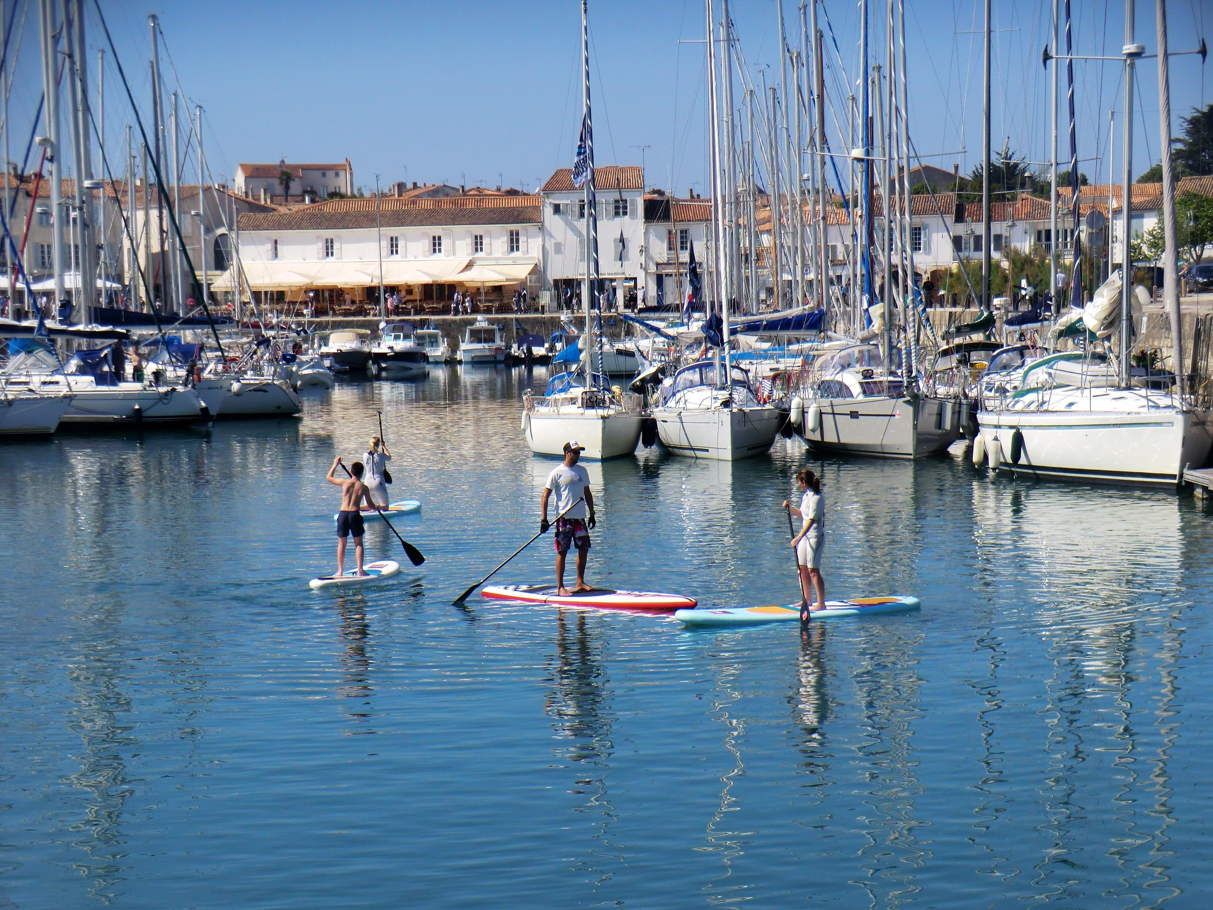 Red Paddle dans le Port de Saint-Martin