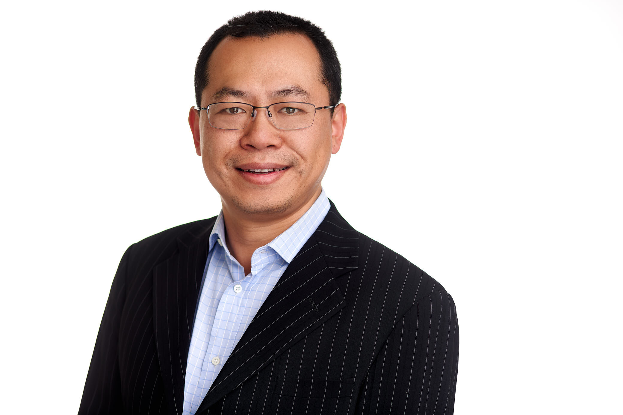 Arnold Hu - Advisor | Project Advisory ServicesArnold is an experienced advisor in project, procurement and contract management from roles in the manufacturing, accommodation and tourism sectors. This background includes managing the development of a fixed-wing aircraft manufacturing facility and negotiating knowledge transfer from Australian industry to support Chinese infrastructure investment.Arnold also brings expertise in the analysis, design and management of Information Systems with his Masters thesis from the London School of Economics examining 'The Digital Divide in China'.