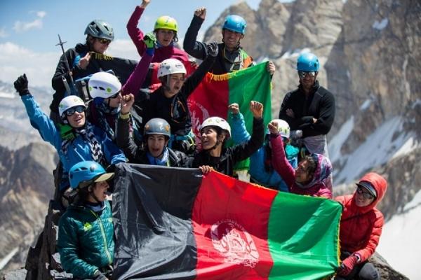 AscendingAfghanistan_PabloDurana_02 - low res for web.jpg