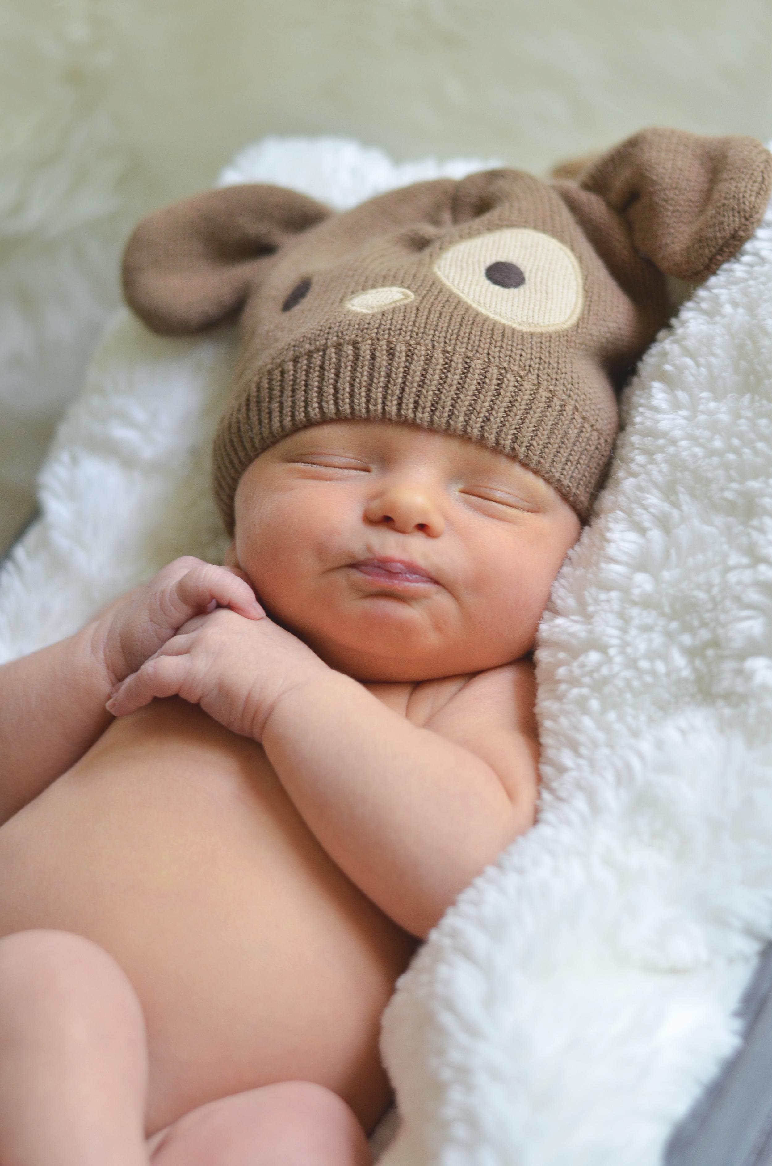 Tristan Newborn-38.jpg