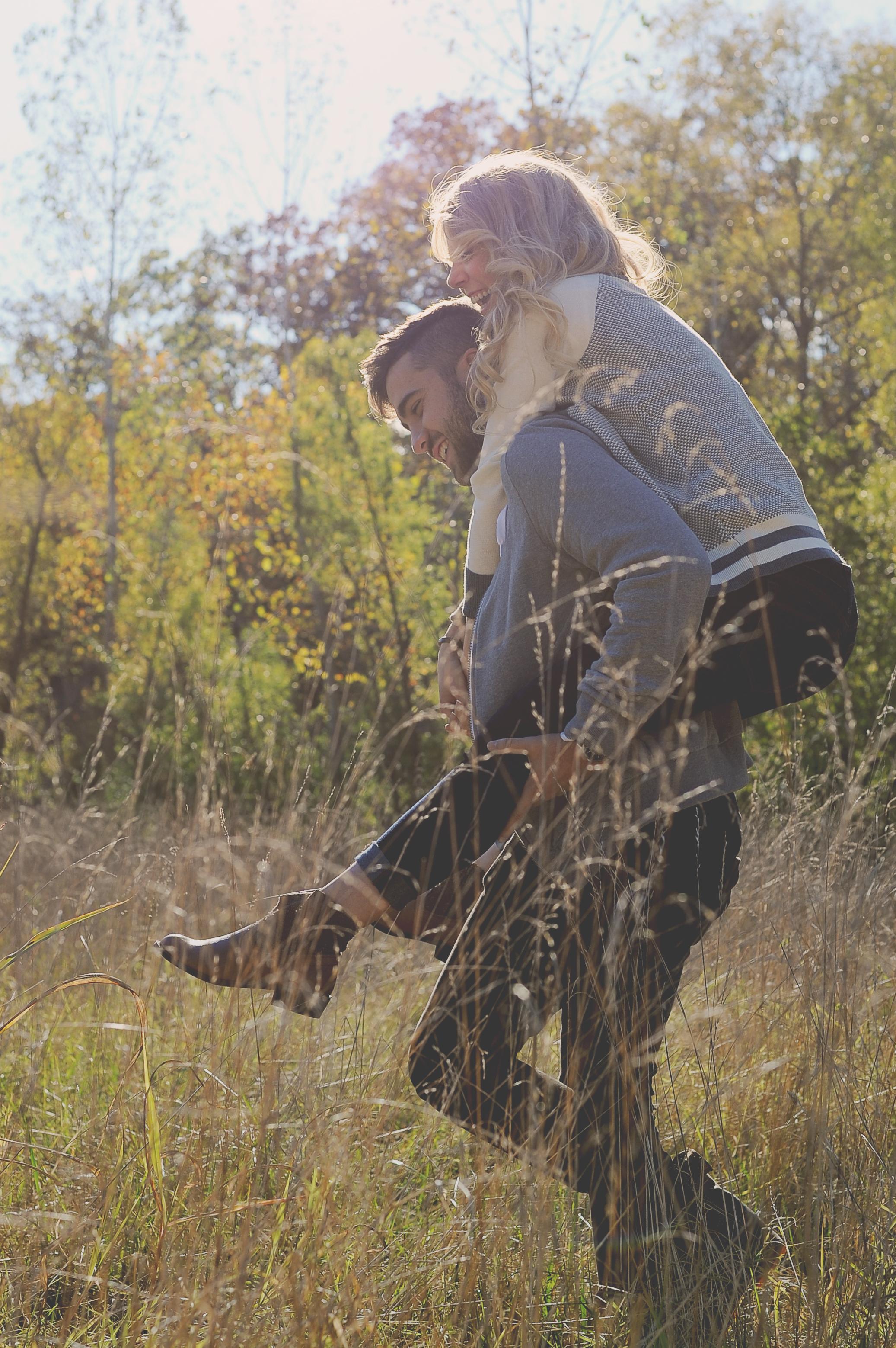 John and Taylor Engagement-2.jpg