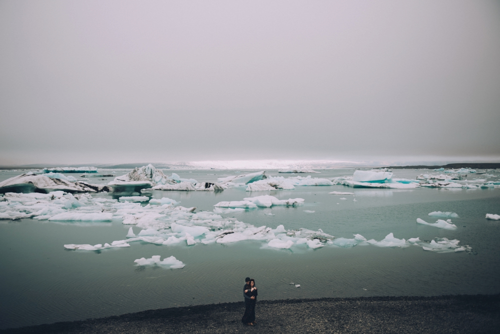 Iceland-engagement-photos_1080.jpg