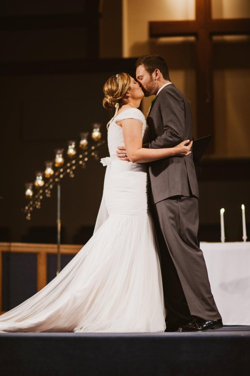 St-Louis-Rustic-Winter-Wedding_0352.jpg
