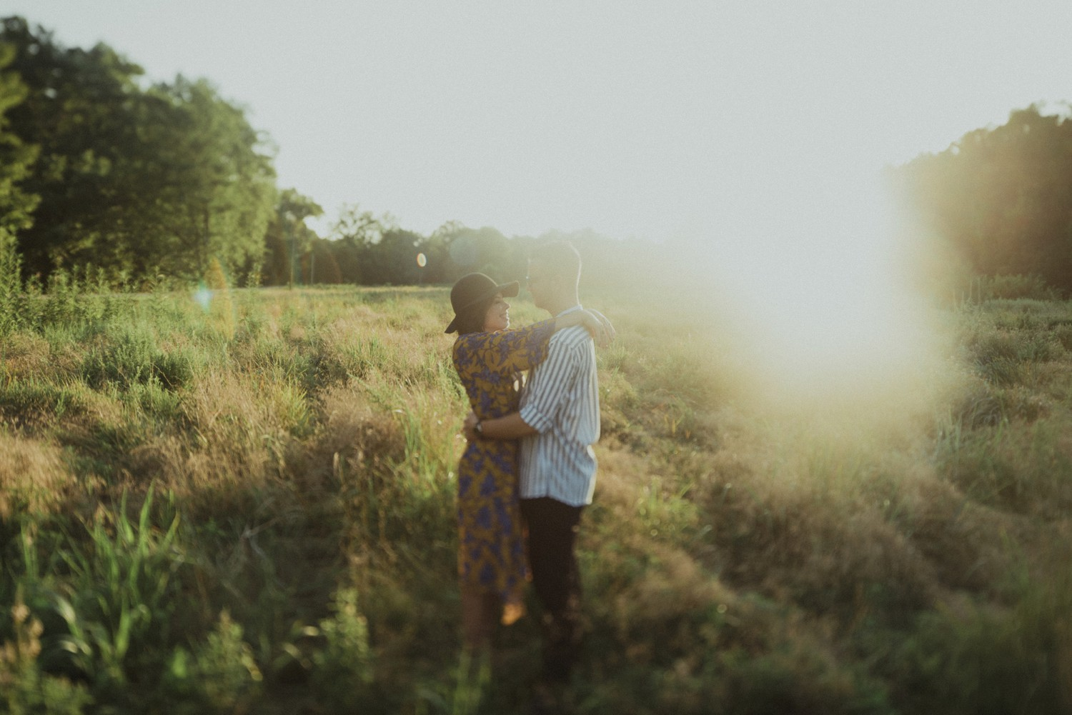 intimate-river-engagement-photos_1166.jpg