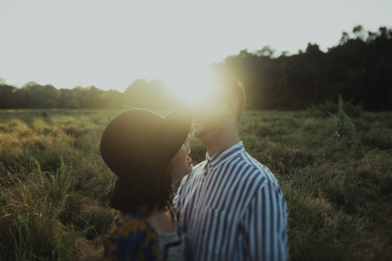 intimate-river-engagement-photos_1167.jpg