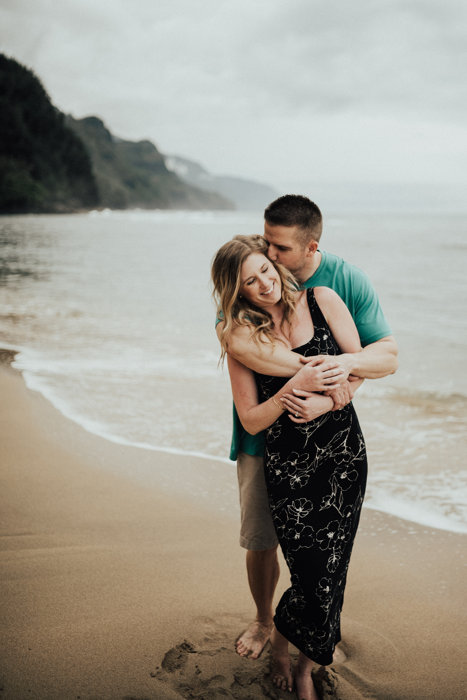Kauai-Hawaii-engagement-photos-13.jpg