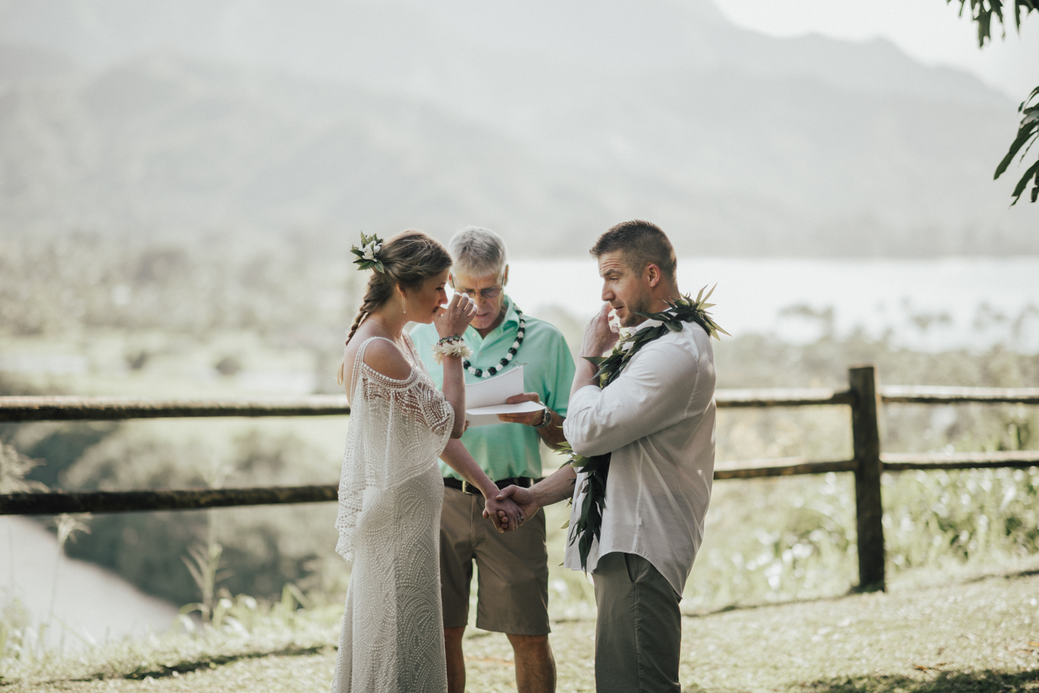 Kauai-elopement-photographer-37.jpg