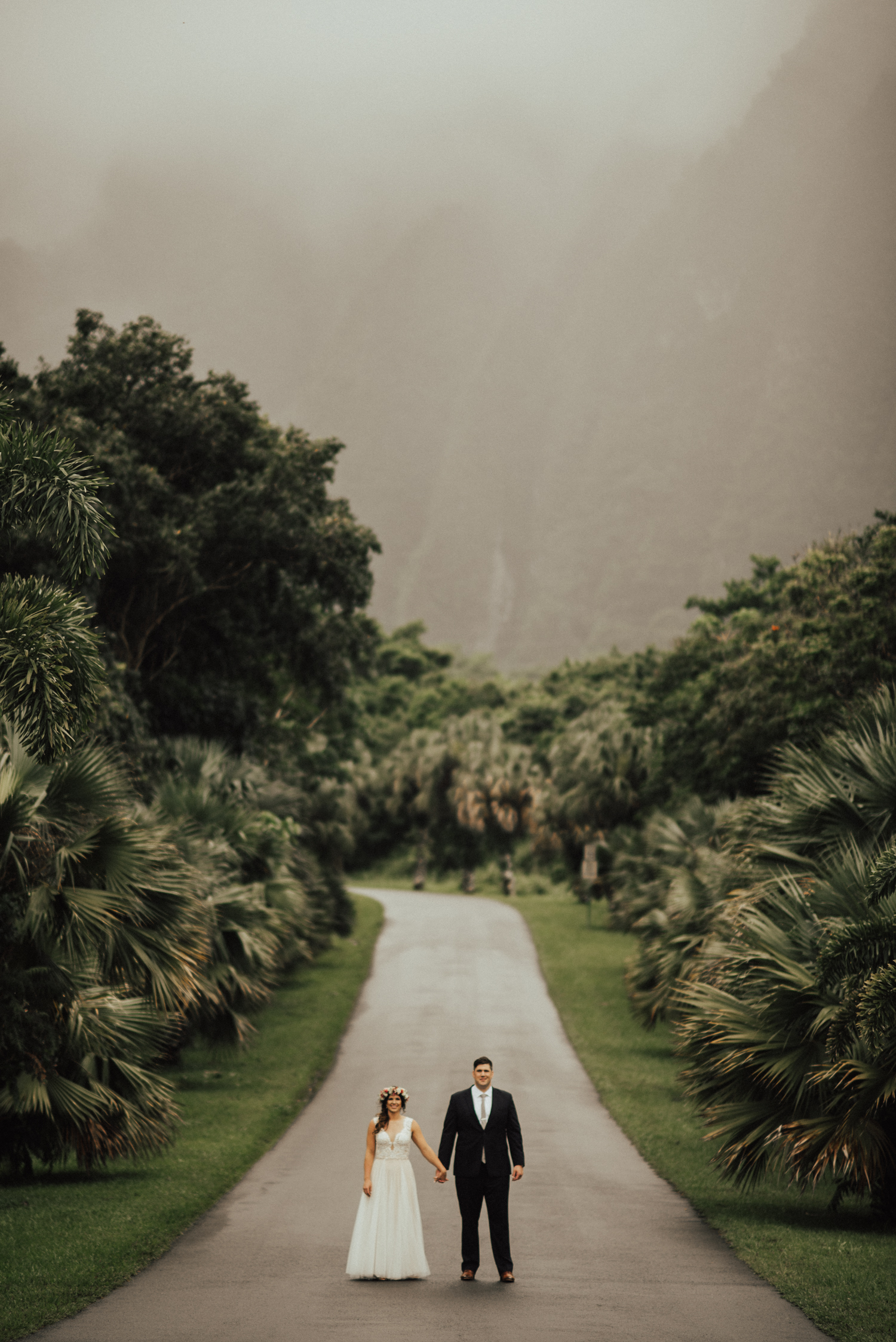 adventurous-Hawaii-elopement-photographers-30.jpg