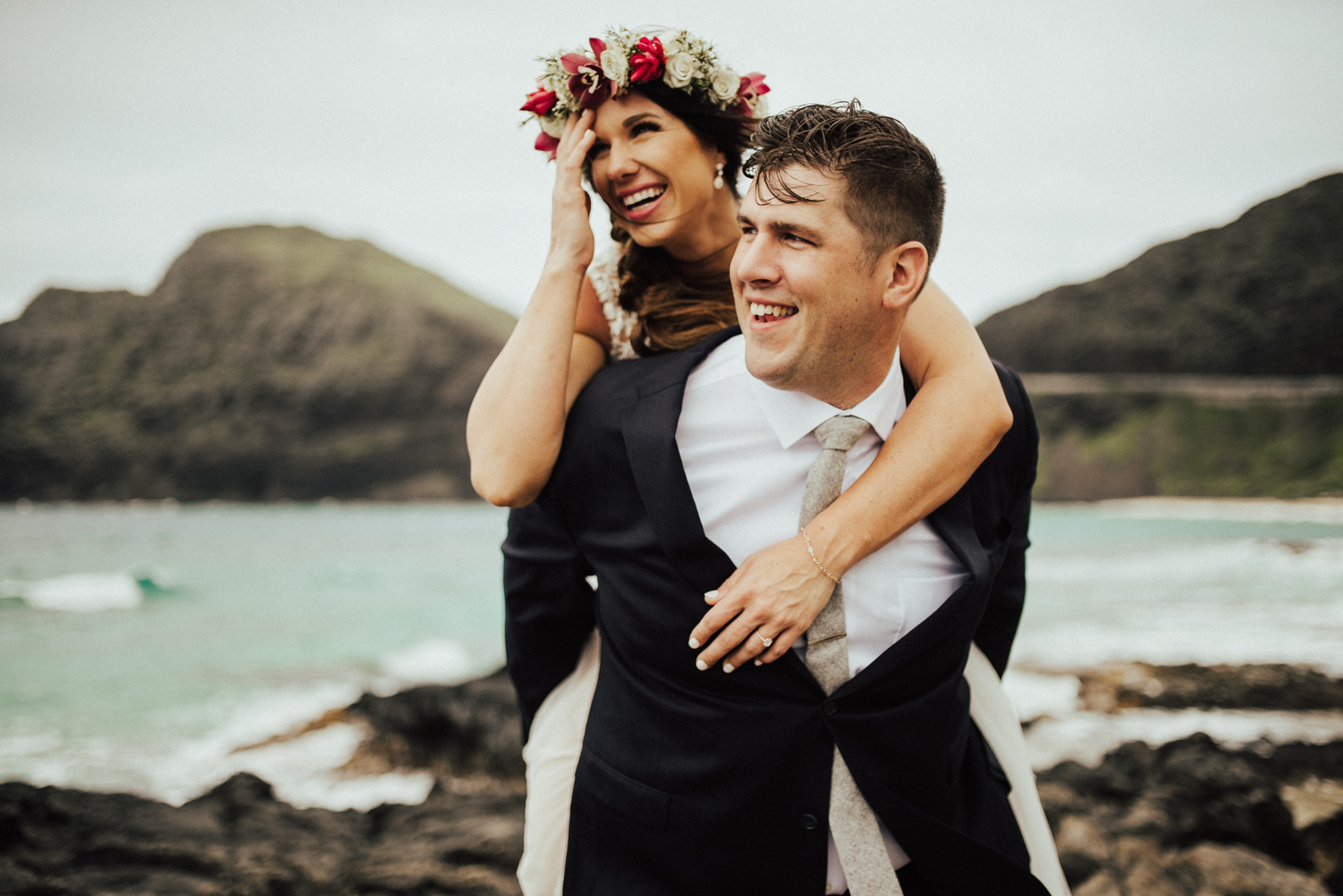adventurous-Hawaii-elopement-photographers-40.jpg