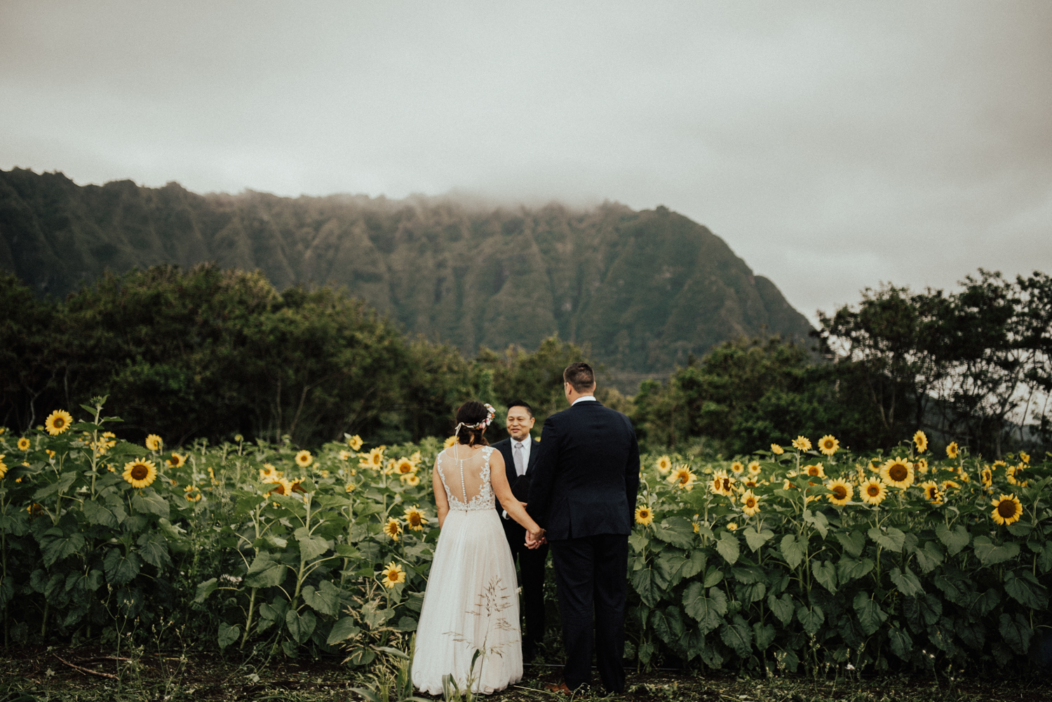 adventurous-Hawaii-elopement-photographers-47.jpg
