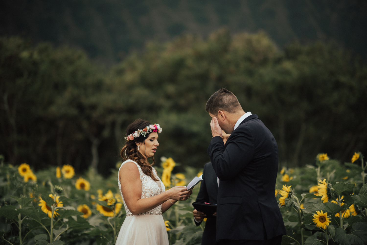 adventurous-Hawaii-elopement-photographers-50.jpg