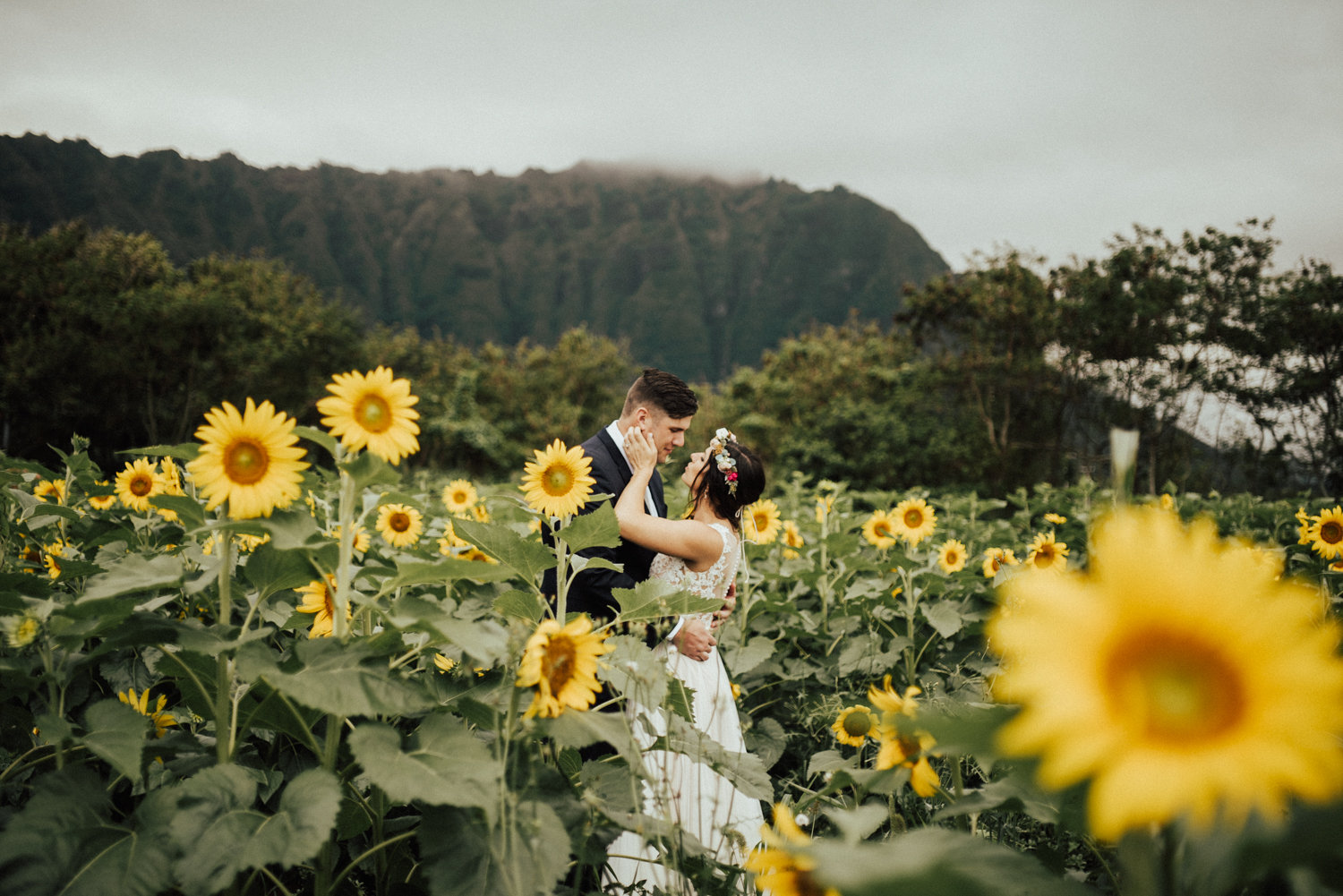 adventurous-Hawaii-elopement-photographers-68.jpg
