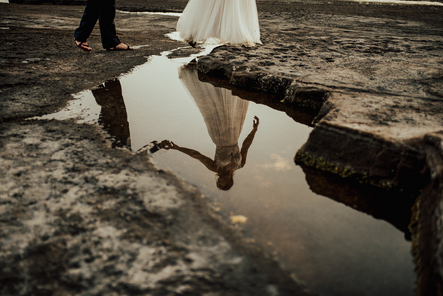 adventurous-Hawaii-elopement-photographers-75.jpg