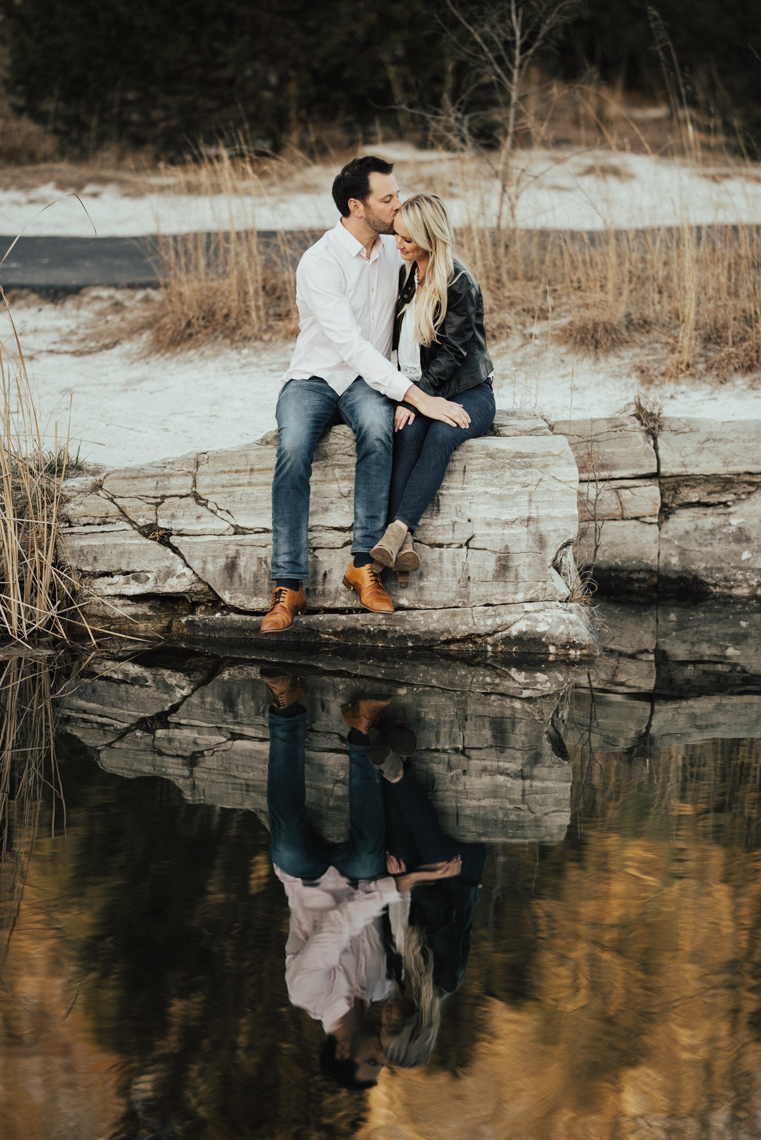 bohemian-St-Louis-engagement-photos-35.jpg
