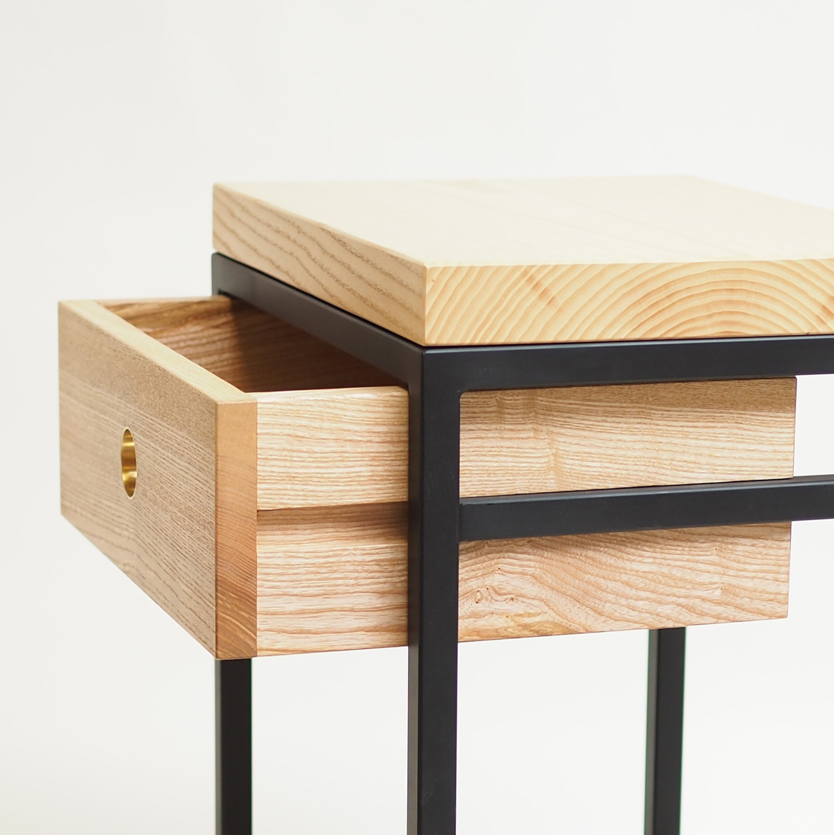 Draw-runners-grid-sidetable-bedside-table.jpg