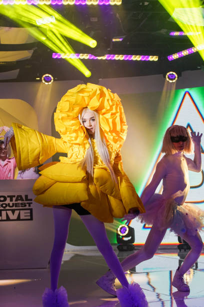 poppy-performs-mtv-trl-at-mtv-studios-on-january-29-2018-in-new-york-picture-id912821530.jpg