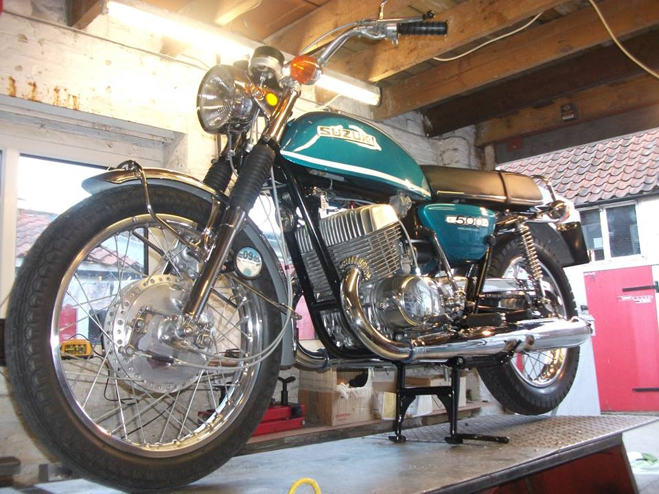 NOW SOLD>...... 1971 Suzuki T500R Titan, historic vehicle (tax exempt), new chrome, new paint etc, absolute stunner full M.O.T & full tax, ready to enjoy, this is my own bike, , may take p/x.