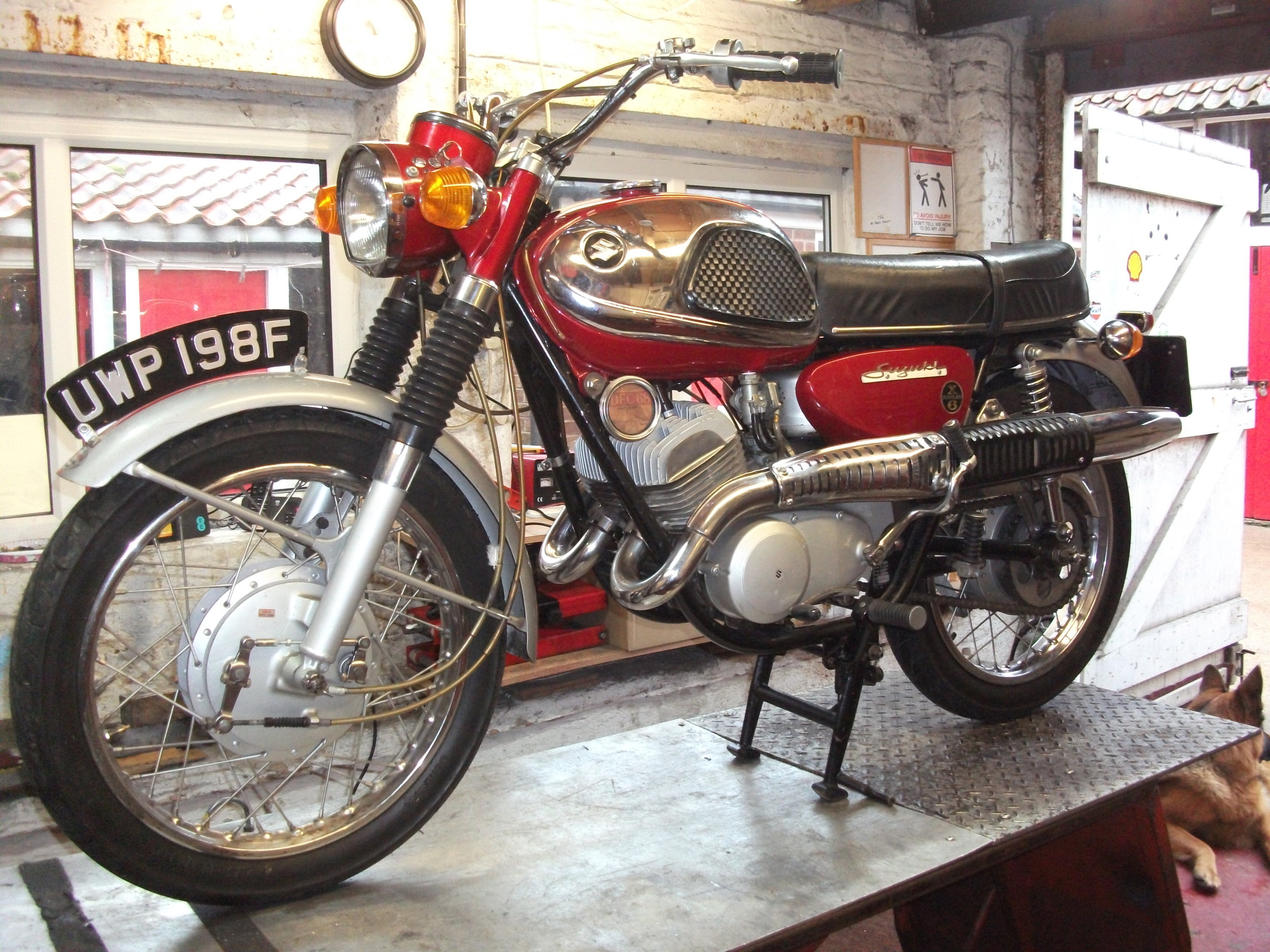 NOW SOLD ...1968 Suzuki TC 250cc 2stroke , 50 year old, historic vehicle, MOT and TAX exempt, very rare bike, ride as is or restore.
