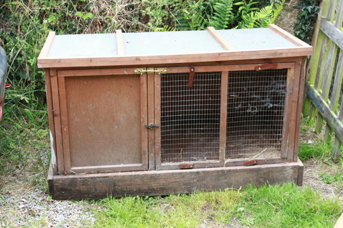 A Standard Uk Rabbit Hutch - Depressing isn't it :(