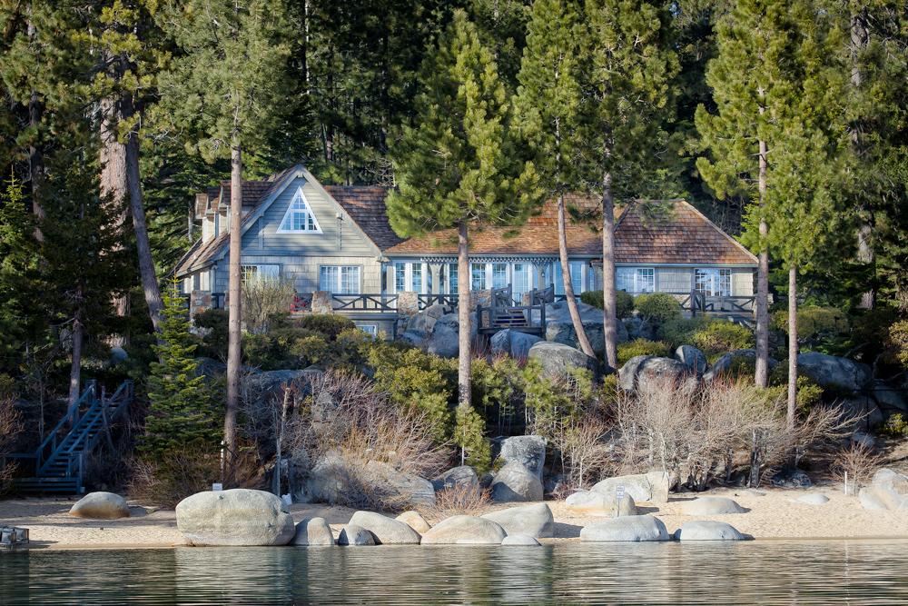 Lake Tahoe: 9922 Lake Street
