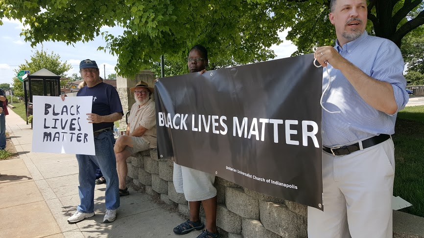 Click here   for more roadside vigil photos from July 10.
