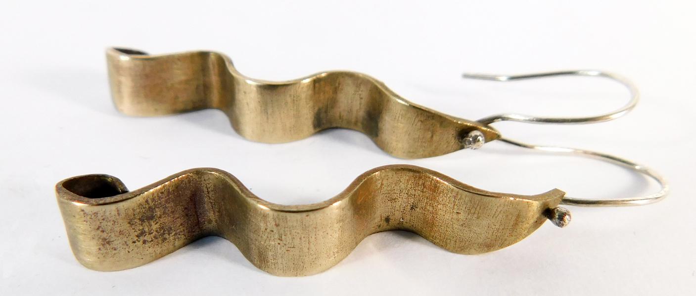 Wave Earrings- Bronze