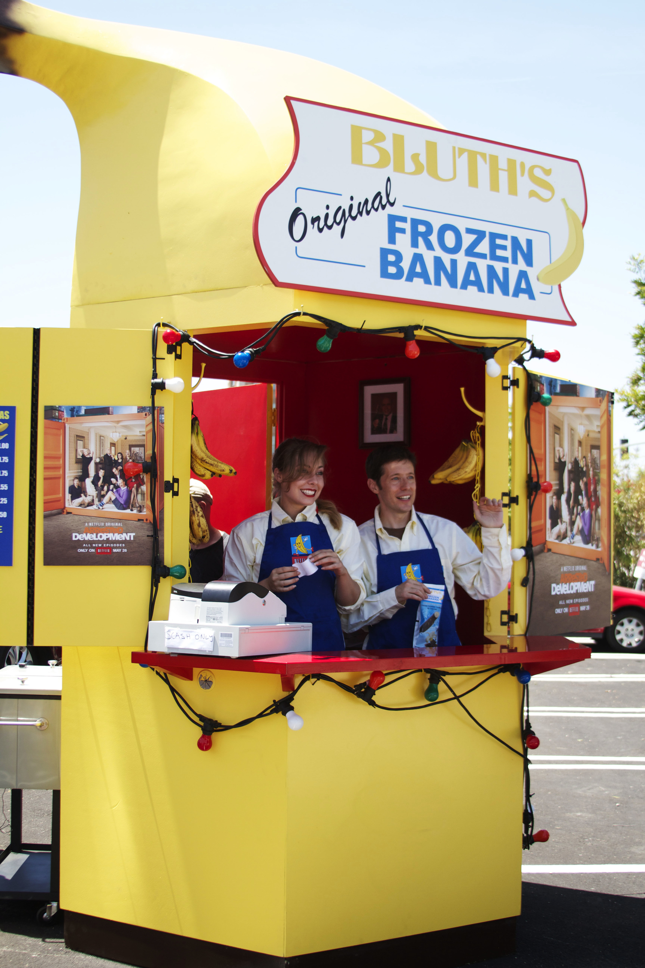 banana stand 2.jpg