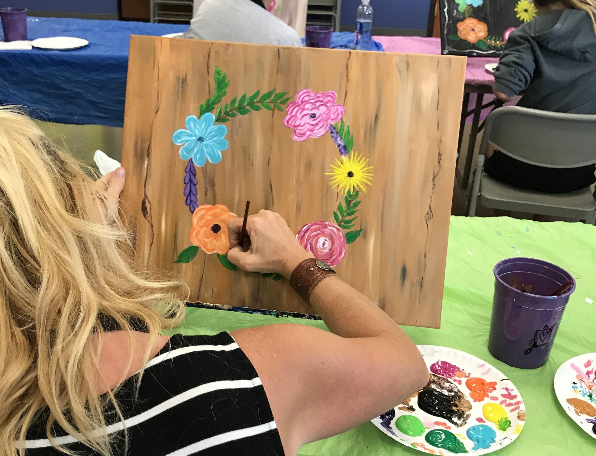 Flower Wreath - Paint to look like barnboard or chalkboard