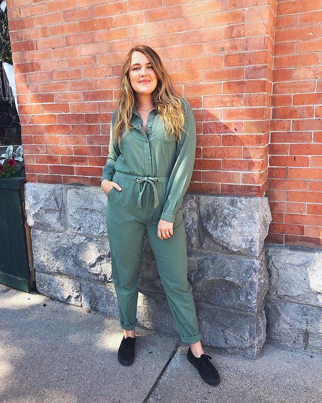 Happy long weekend ya'll ! Are you dancing the night away at Kaslo Jazz ? Because this boiler suit would be perfect 👌🏼 So comfy , so cute , so stylin' $105 . . . . . . .  #ootd #styleoftheday #style #styling #fashionaddict #wardrobe #clothing #outfit #outfitoftheday #styleblogger #fashionbloggers #whatiwore #fashiondiaries #outfitideas #outfitinspiration