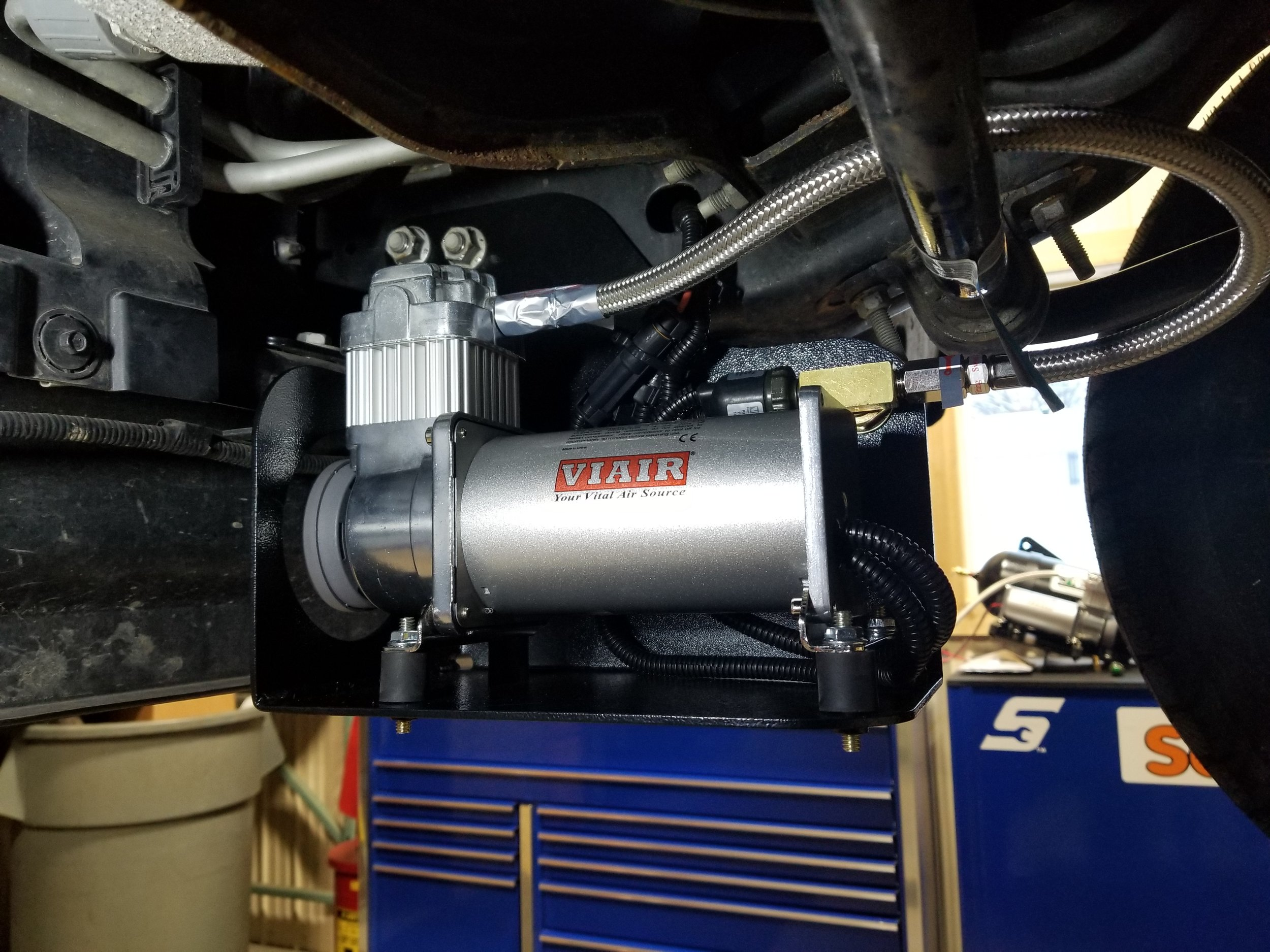 17'-19' FORD F350 AUTOMATIC AIR SYSTEM
