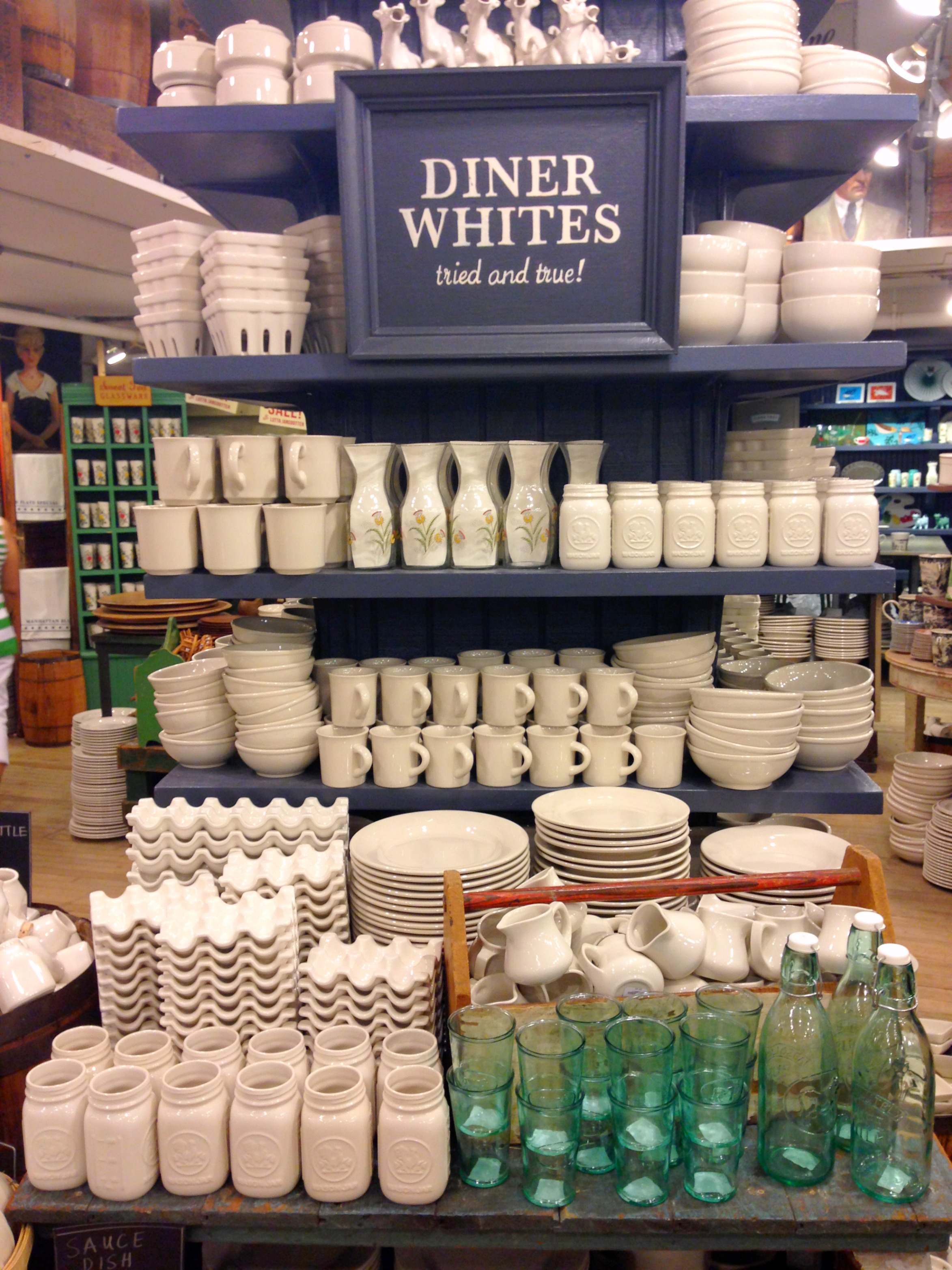 {yes that is the holy grail of creamers at the top of this pic - the classic white cow}