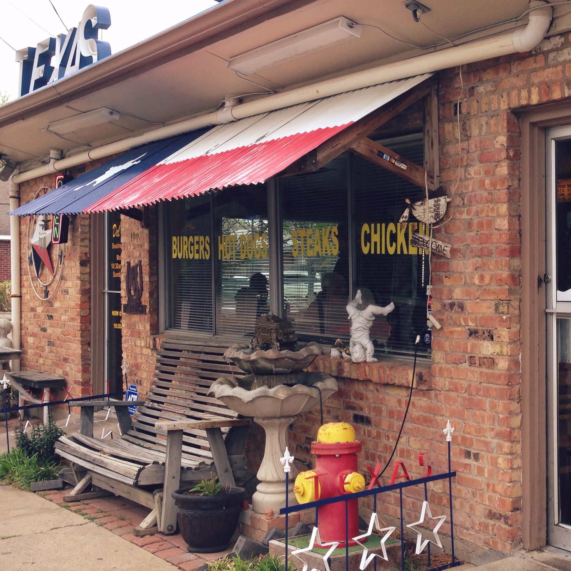 RaeChild_Del's Charcoal Burgers