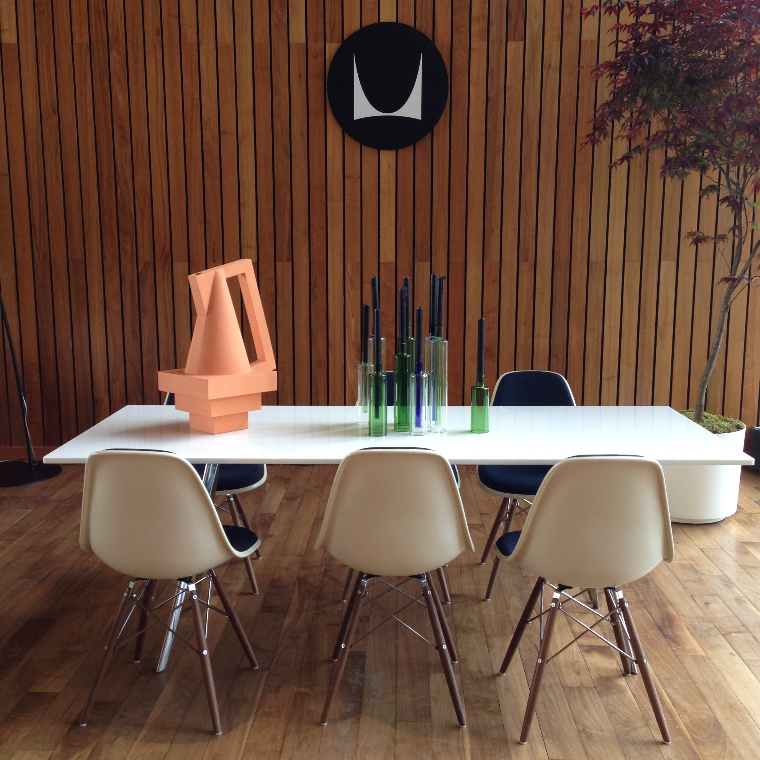 Baguette Table with Eames Molded Fiberglass Side Chairs with Dowel Bases