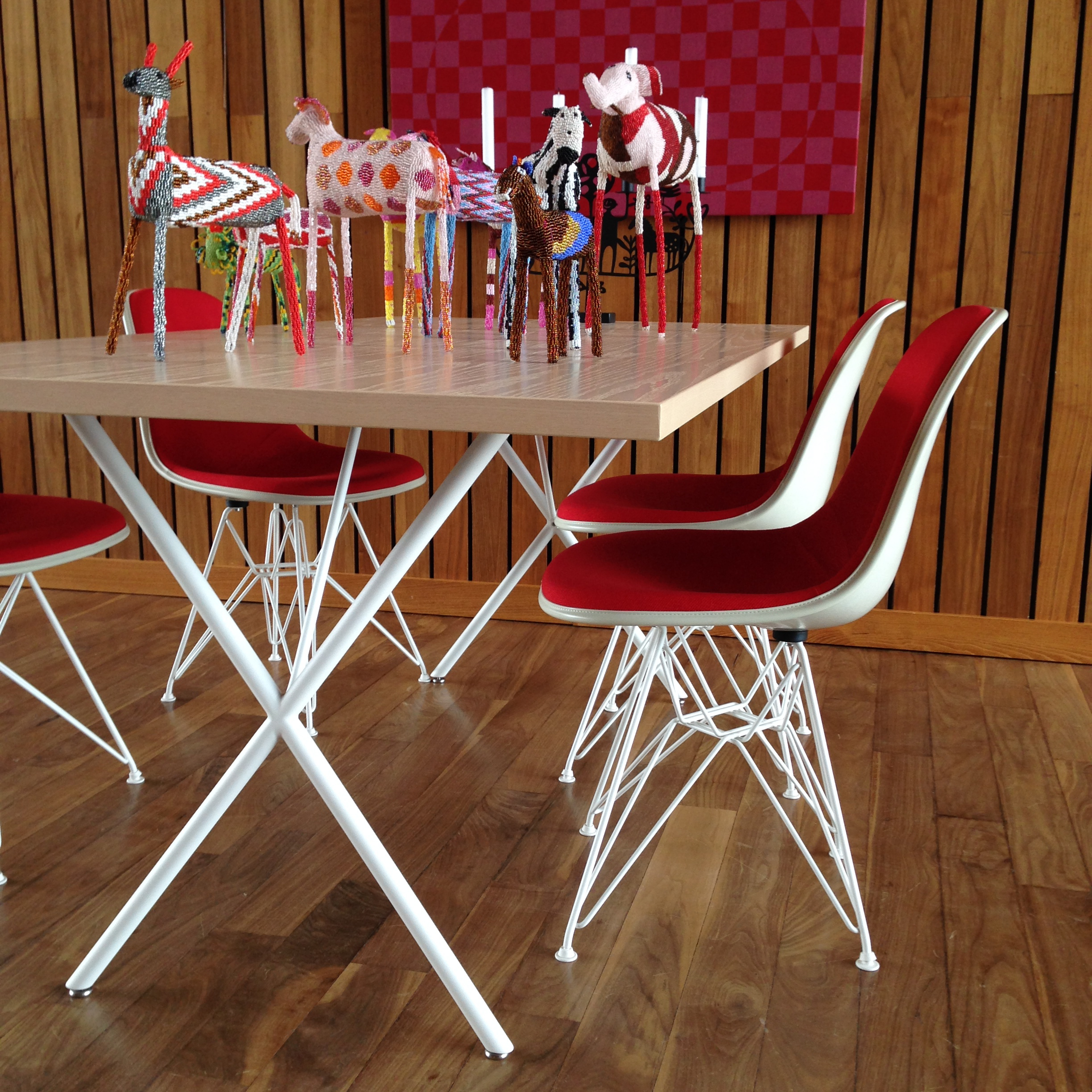 Nelson X-Leg Table with Eames Molded Plastic Side Chairs with Wire Base