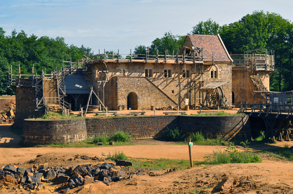 Guédelon chateau.jpg
