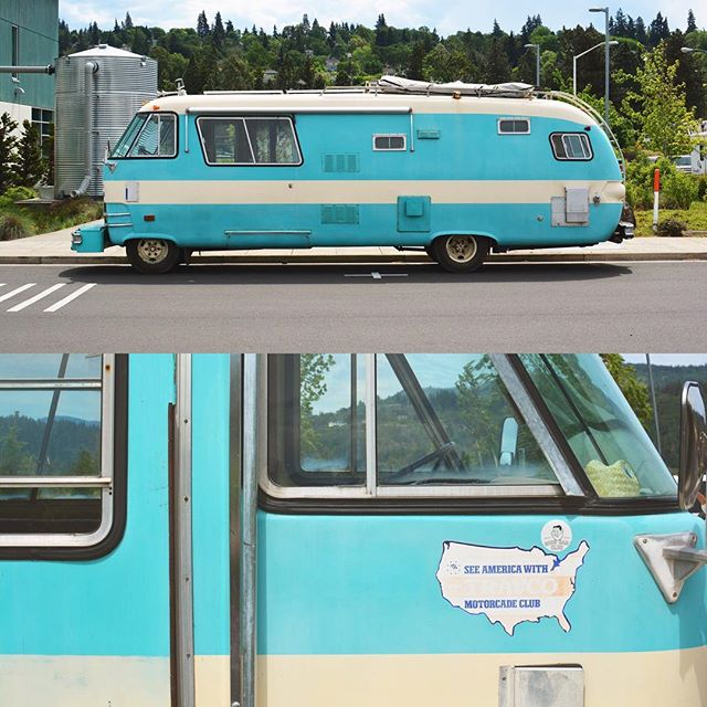 Babe the Blue Ox. Dodge Mobile Home from Minnesota, parked in Hood River. #dodge #vintagecamper #vintagerv #hoodriver #nikond7100