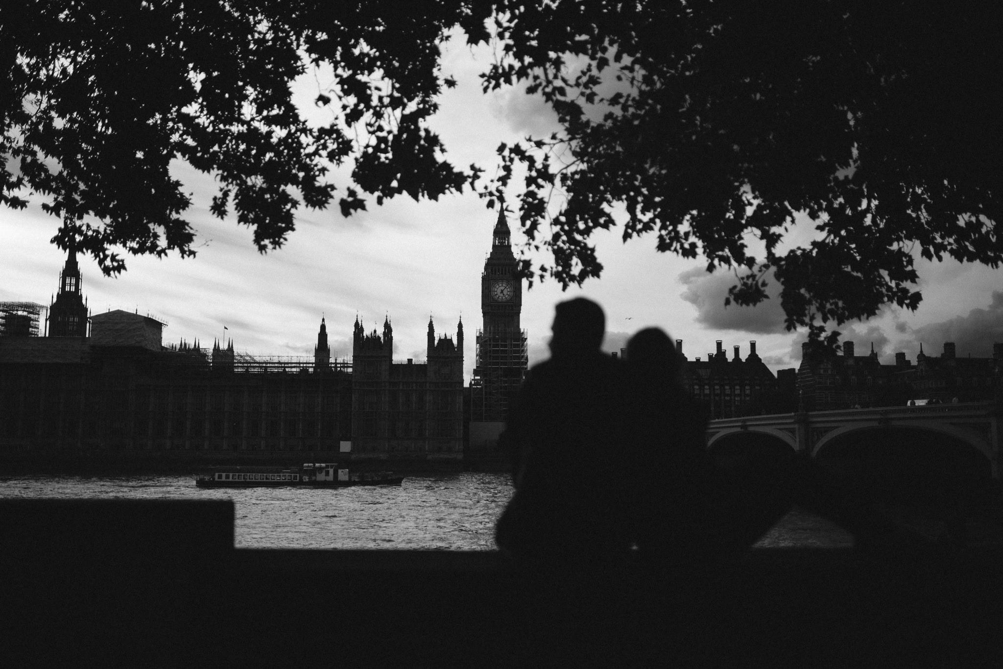 sara-tim-london-engagement_7.jpg