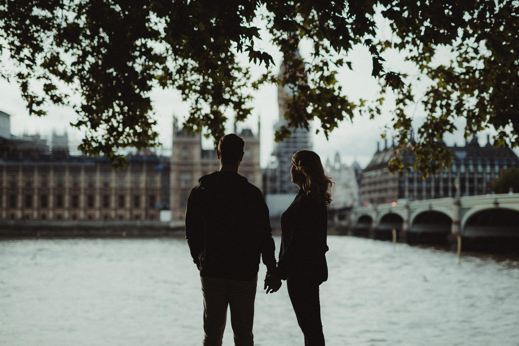 sara-tim-london-engagement_10.jpg