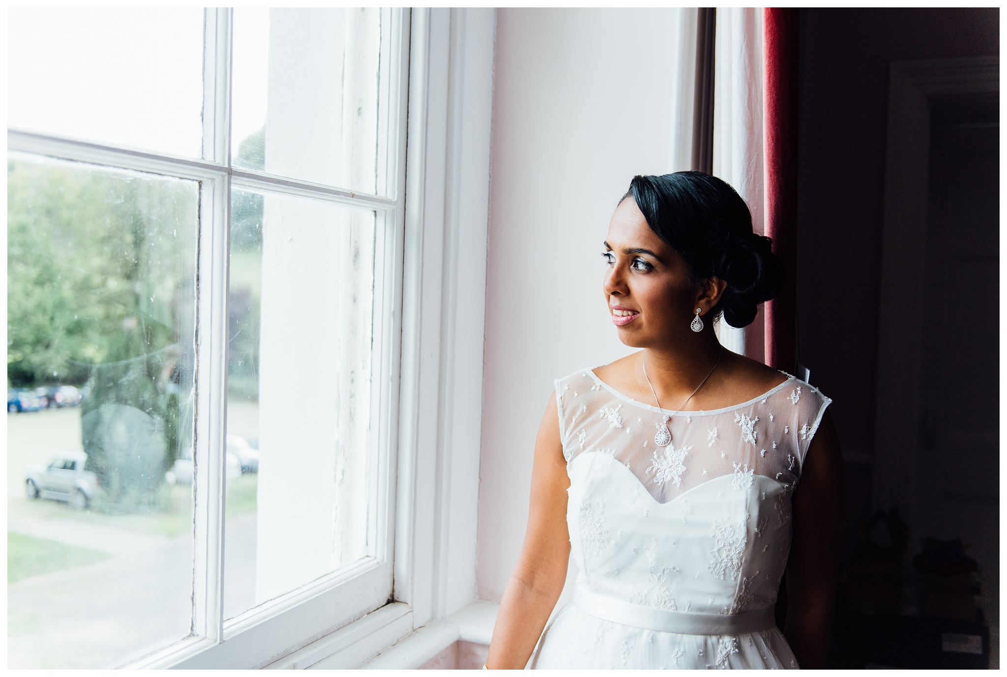 Rich&Dhikshana_Lupton_House_Devon_Hindu_English_Fushion_Wedding_0019.jpg