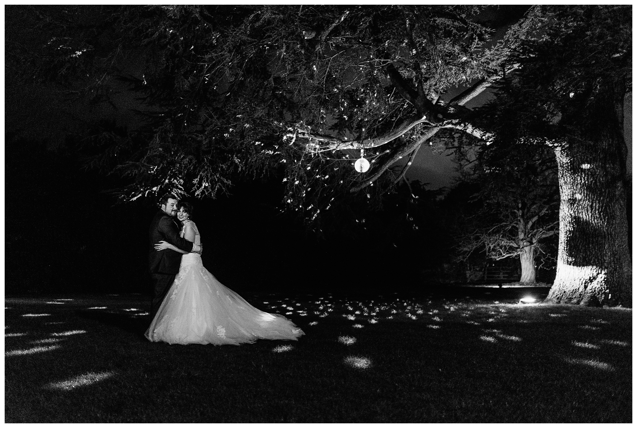 Emma&Paul-Elmore-Court-Winter-Wedding-Nikki-Cooper-Photography_0111.jpg