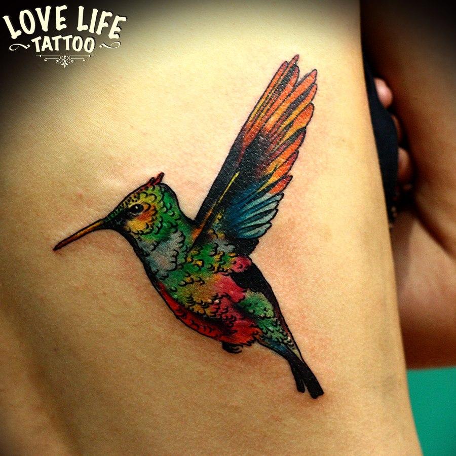татуировка колибри
