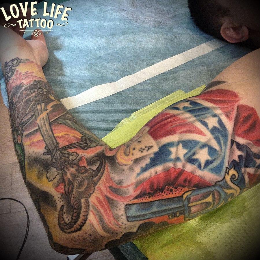 татуировка флага