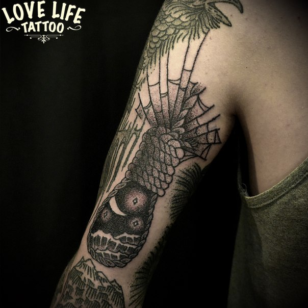 татуировка (hand poking)