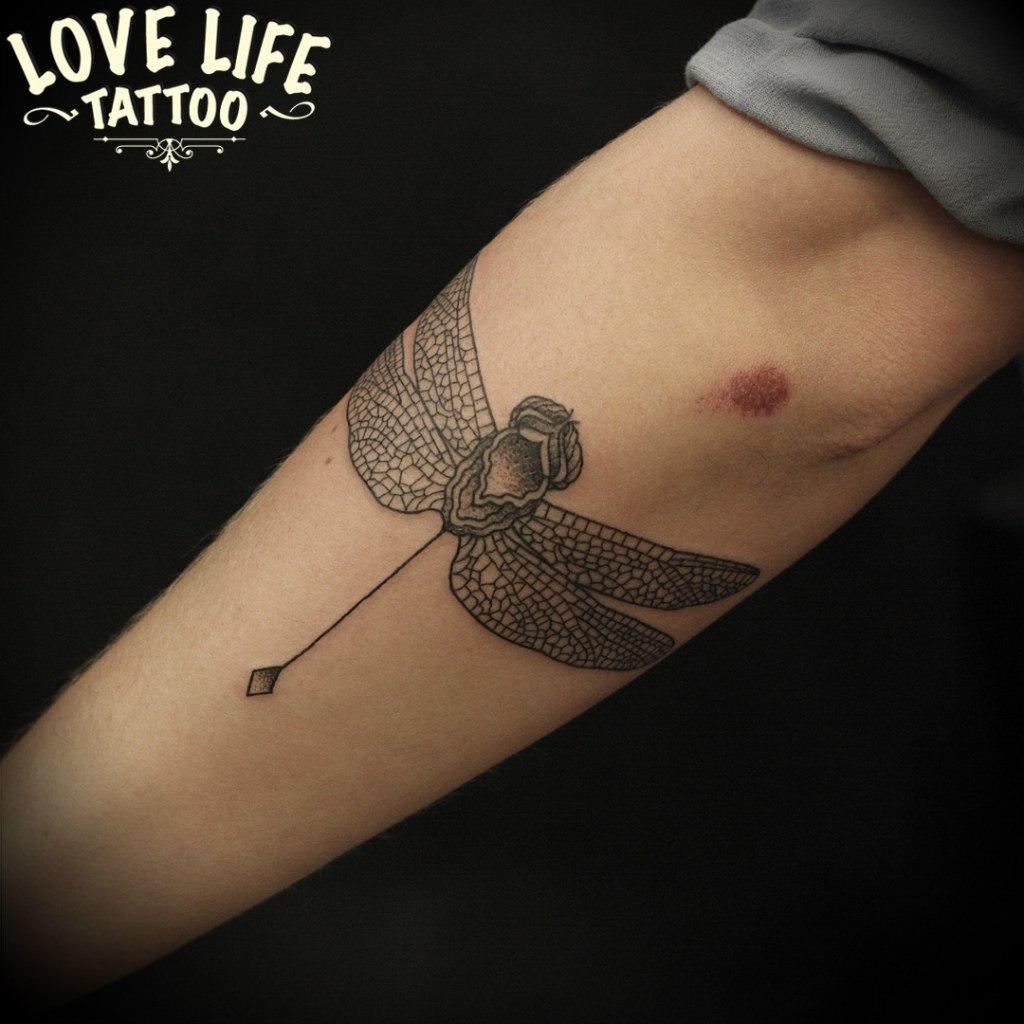 татуировка стрекозы
