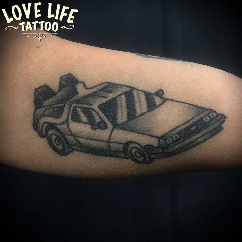 татуировка машины