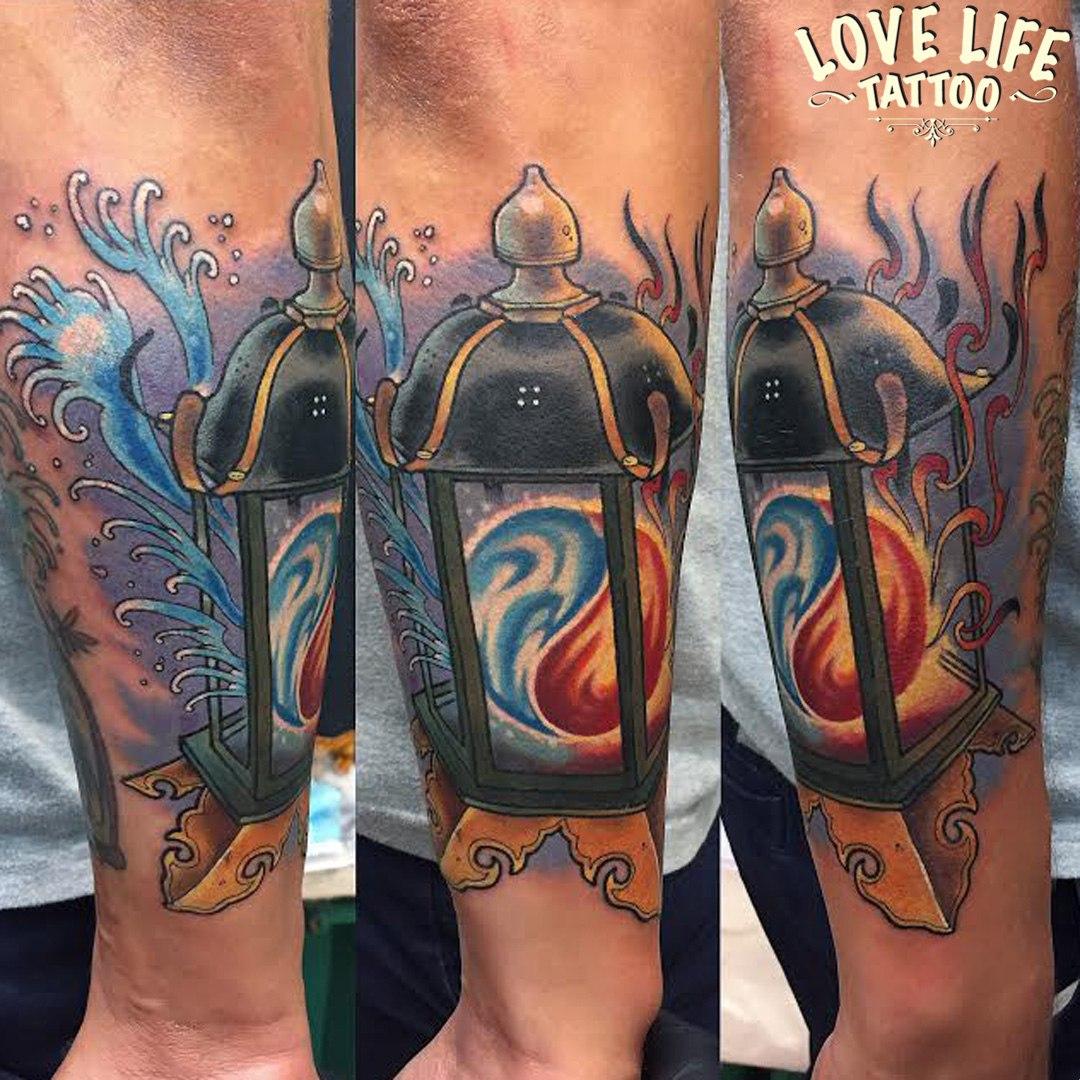 татуировка фонаря